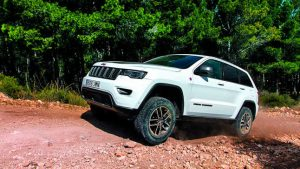 Jeep Grand Cherokee 3.0d 4WD Aut Noleggio Lungo Termine - Noleggio e Via