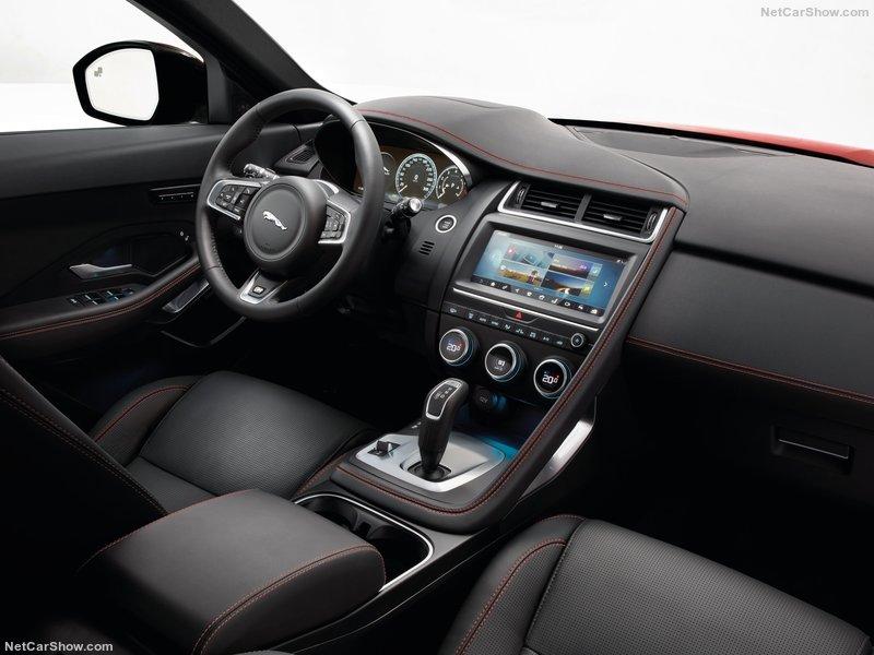 Jaguar E-Pace 2.0 Noleggio Lungo Termine - Noleggio e Via